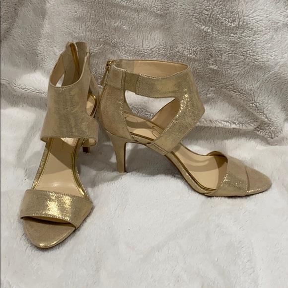 Jessica Simpson gold shimmer heels NWOT